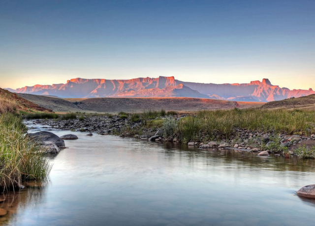 The Best Deal Guide - Scenic KwaZulu-Natal holiday, A self-drive from Durban to the Drakensberg, South Africa - save 14%