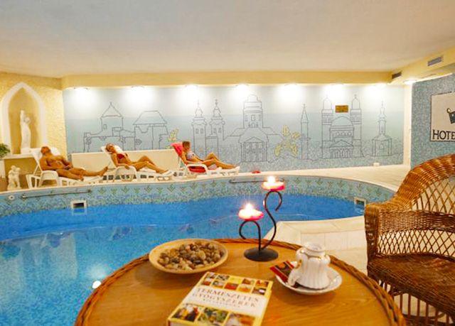 Hotel Korona ****, Eger, Maďarsko - save 61%
