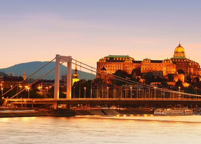 Atlas City Hotel ***, Budapešť, Maďarsko - save 55%