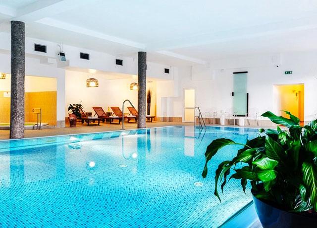 Hotel Sasanka ***, Sklářská Poruba, Sudety, Polsko - save 47%