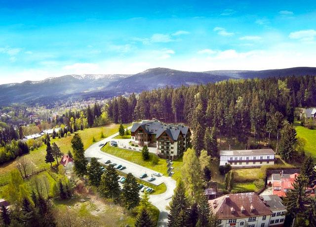 Czarny Kamień Resort & SPA, Sklářská Poruba, Krkonoše, Polsko - save 41%
