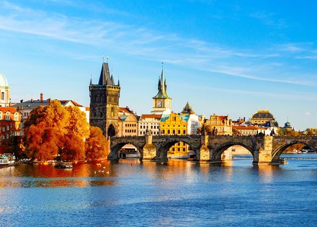 Hotel King George ***, Praha 1 - save 55%