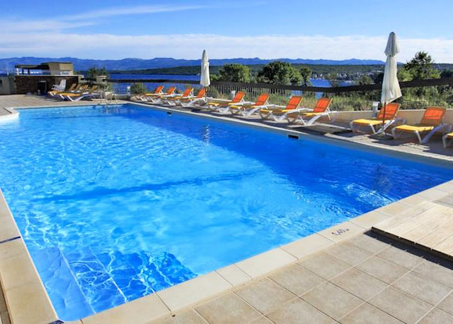 Blue Waves Resort****, Malinska, ostrov Krk, Chorvatsko - save 20%