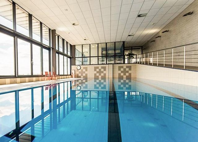Hotel Dolphin ****, Senec, Slovensko - save 59%