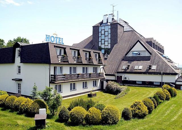 Lázeňský hotel Pyramida****, Františkovy Lázně - save 38%