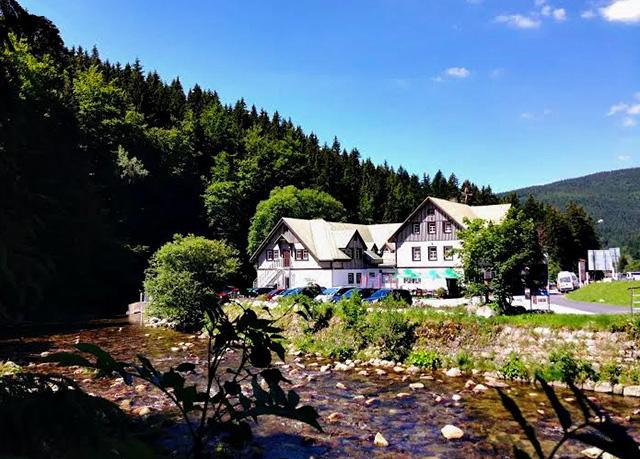 Hotel Hradec, Špindlerův Mlýn - save 32%