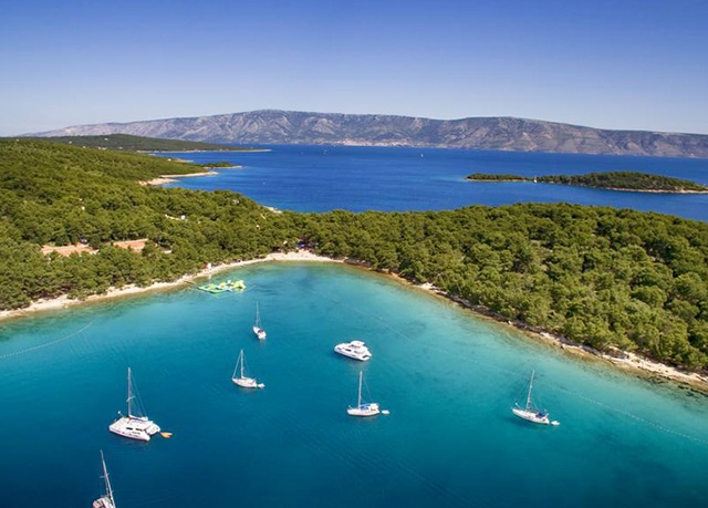 Senses Resort, Vrboska, ostrov Hvar, Chorvatsko - save 25%
