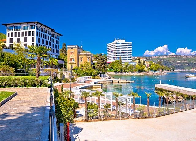Hotel Galeb***, Opatija, Istrie, Chorvatsko - save 25%