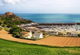 Beachcombers Hotel, Channel Islands